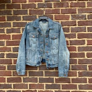 Gap Maternity denim jacket size medium